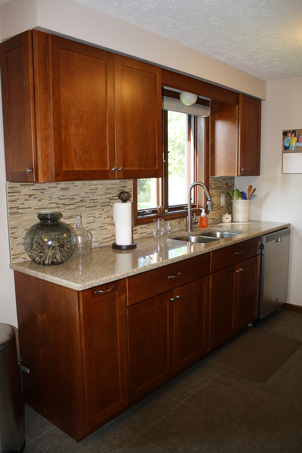 Kitchen remodeling gallery kitchens by premier for Kitchen improvements