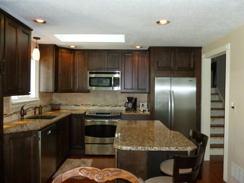 Kitchen remodeling gallery kitchens by premier for U kitchen and bath jericho