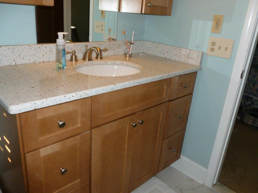 Bathroom remodeling gallery kitchens by premier for Kitchen and bathroom renovations